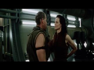 Чужой 4: Воскрешение / Alien: Resurrection (1997) (ужасы, фантастика, боевик, триллер)