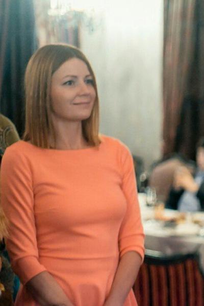 Наташа Леонидова