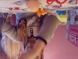Аспаковка шаров Извините пришлось  на 2 части потому что нечаянно нажала на видео снята!