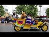 Disney Channel Go! Fan Fest Calvacade Disneyland May 12 2018 Duck