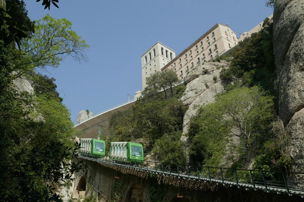 HqoZb6geVy8 Монастырь Монсеррат жемчужина Каталонии.
