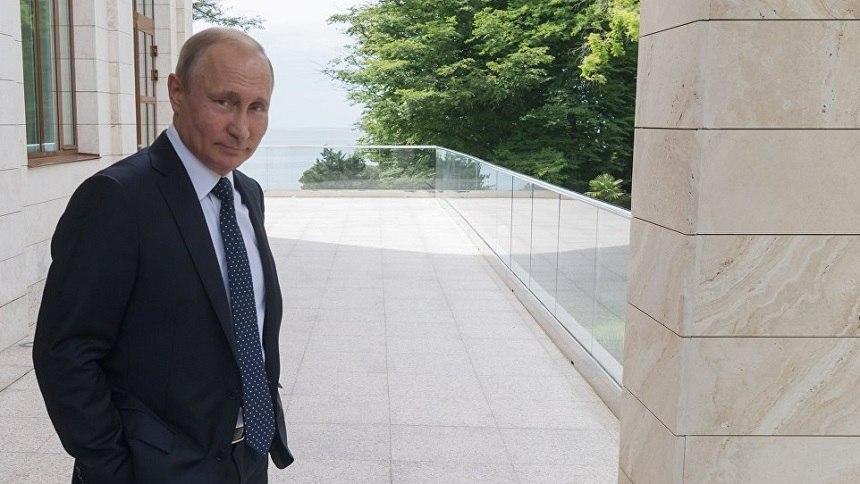 Путин преподнёс подарок Меркель