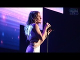 Юлия Ковальчук на благотворительном концерте