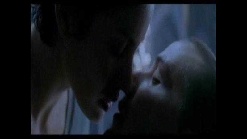 050 -- Матрица 1 -- Сцена в которой Нео оживает