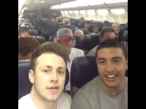 Кто громче крикнет Пенис (Ржака, орут в самолёте!)