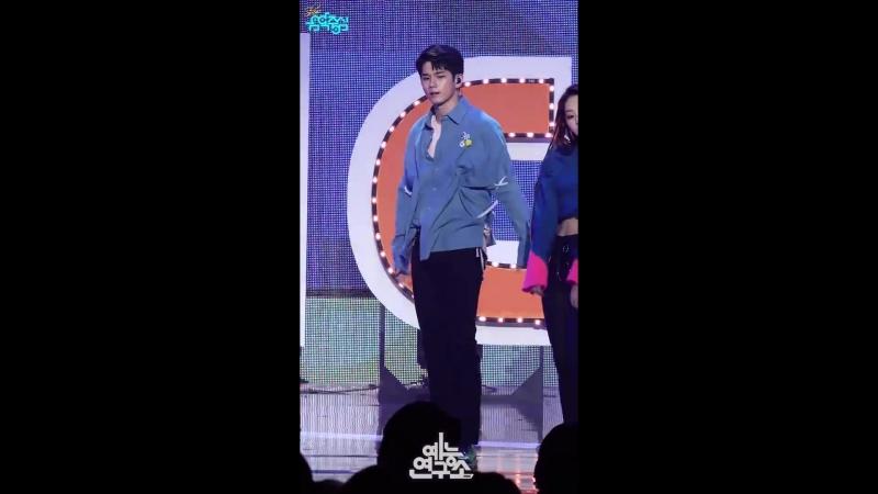 예능연구소 직캠 엠씨 스페셜 스테이지 옹성우 Focused @쇼 음악중심 20180224 3MC Special stage ONG SEONG WU