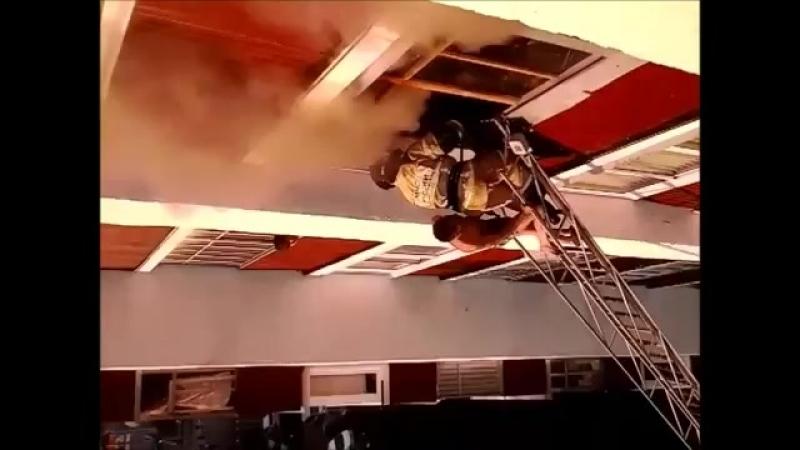Пожар в Уфе по ул Машиностроителей,дом № 4 (10.07.2018 год).