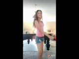 Девочка танцует лучше девушек