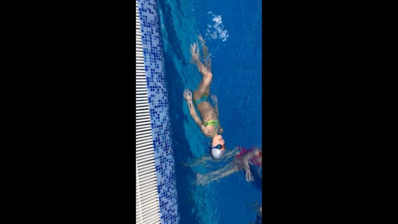 Научились плавать на спине🏊♂️