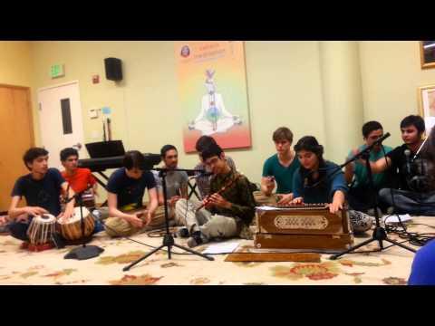 Yuva Shakti singing Bolo Shiva Shamboo