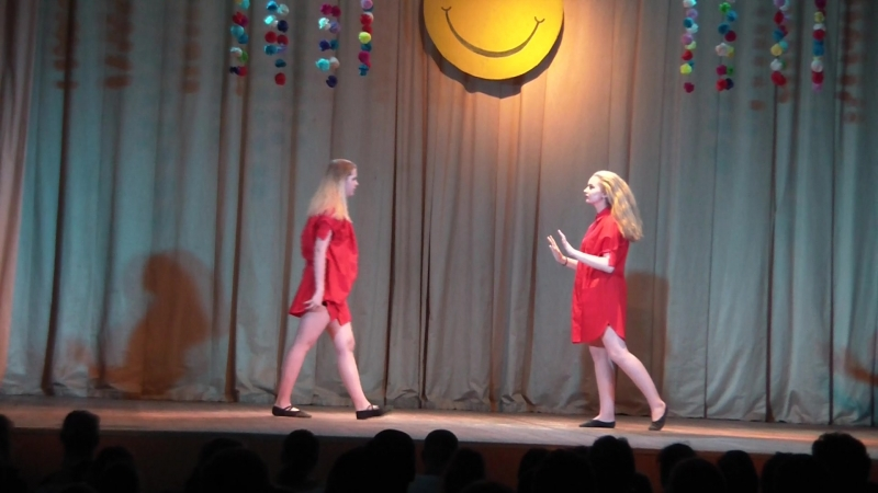Зеркало (Варя и Лиза) Концерт театра танца и моды Танцующая королева (23.05.2018)