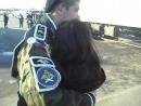 Девушка дождалась парня с армии. Любимый мой я тебя тоже дождусь, обещаю и я это