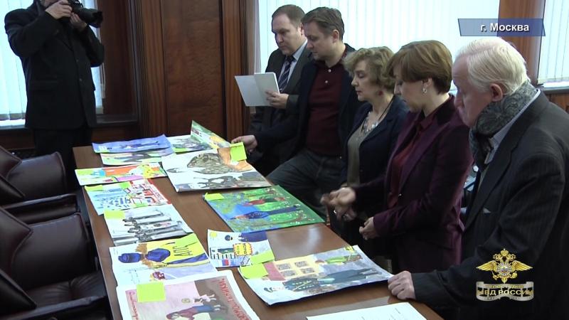 В МВД России определили победителей конкурса детского рисунка «Мои родители работают в полиции»