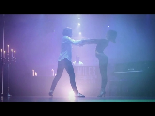 Bachata (Bruno Mars - Versace on the floor, Dj Frankie Dee Bachata remix)