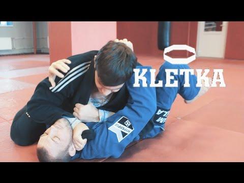 Удушающий прием в BJJ (БДД, БЖЖ) — борьба в партере с чемпионом Антоном Селезневым