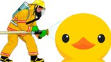 Пожарный охотится на уточку