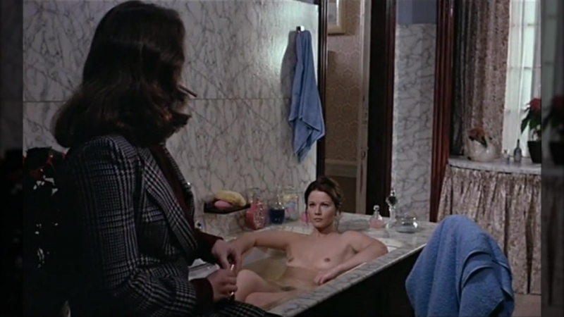 Nudes actresses (Agostina Belli, Agyness Deyn) in sex scenes / Голые актрисы (Агостина Белли, Агнесс Дейн) в секс. сценах