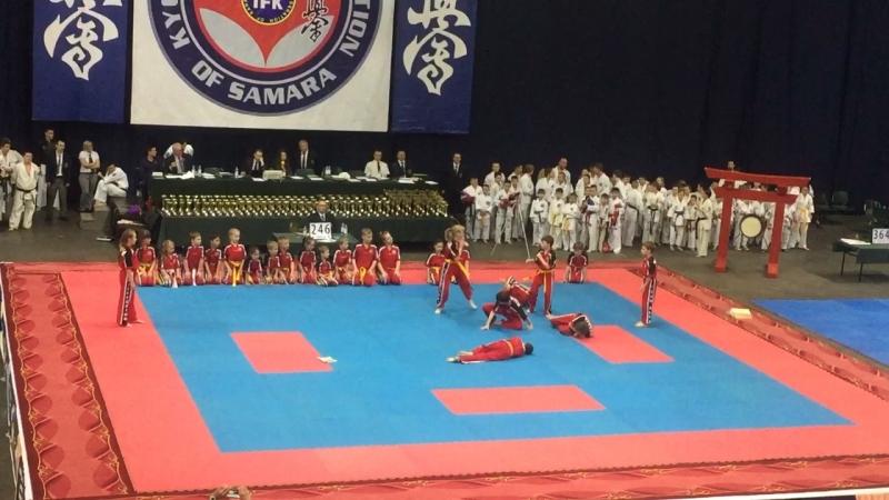 Показательное выступление наших кикбоксеров на Всероссийских соревнованиях по Киокусинкай «Кубок Шихана»Артемка красавчик