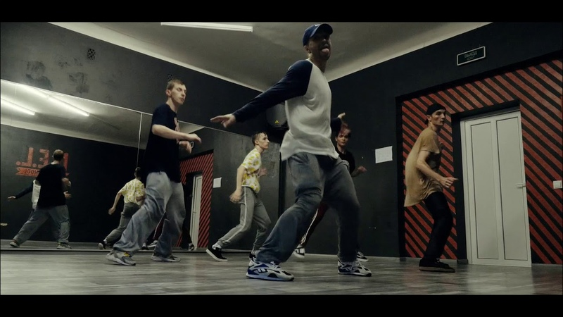 Andrey Stylez   House Dance routine   THE VIBE
