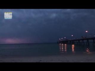 Австралийцу удалось снять на видео «танец молний» – очень редкое и красивое природное явление