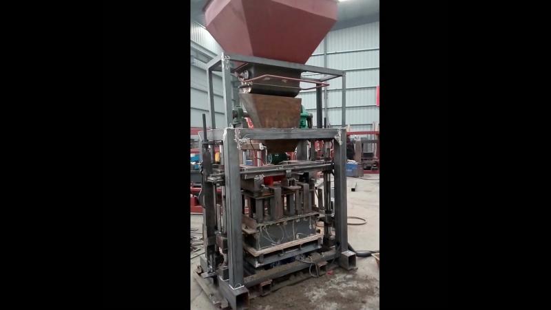 QT40C-1 small concrete block making machine