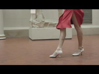 Александр Гудков танцует в Пушкинском музее. Новогоднее видео