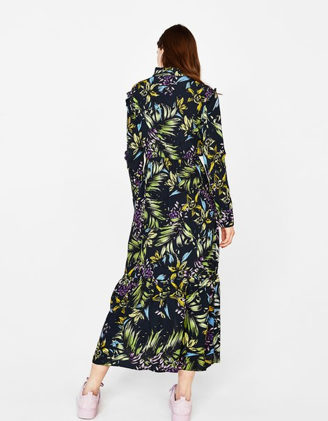 Платье с принтом и воланами