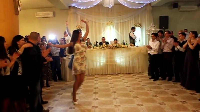 Сухишвили - Грузия - Танец на грузинской свадьбе - YouTube