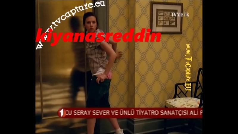 Küçük çocuğun dadısının donunu indirmesi süper frikik - henüz sansürün olmadığı yıllarda Türk televizyonlarından erotik sahne