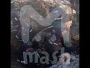 Сотрудники МЧС откапывают обломки Ан-148 из-под снега