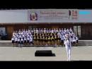 Девочка поёт Небо славян в Архангельске