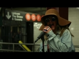 Christina Aguilera Busks in NYC Subway in Disguise (The Tonight Show Starring Jimmy Fallon)
