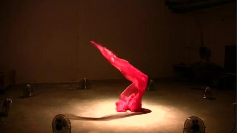 Кинетическая скульптура американского художника Дэниэля Вуртцеля - Танец воздуха