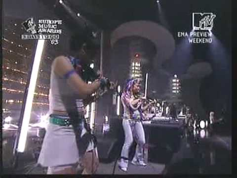 Moby Body Rock live MTV Ema 2002