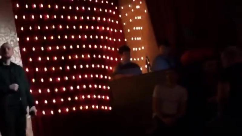 [v-s.mobi]АНТИРЕСПЕКТ-Разбитый телефон (live) из нового альбома (сл.и муз.А.Степанов).mp4