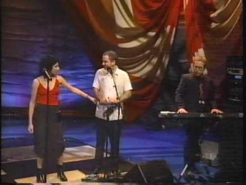 PJ Harvey - A Perfect Day Elise - Leno '98