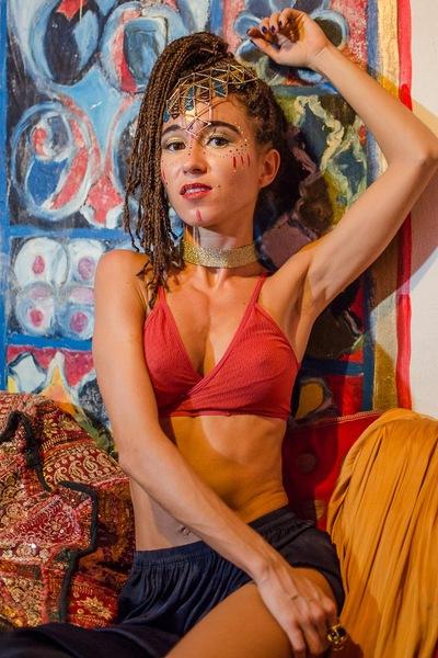 Аделина Lopez
