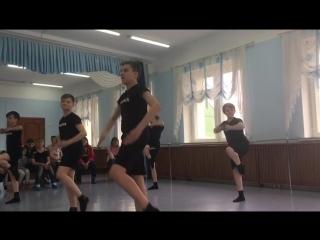 Открытый урокГруппа BOY старшиеСовременный танецПедагог: Сальникова Елизавета Васильевна
