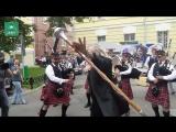 «Я — это мэр! Мэр — это я!»:  Джигурда сплясал для своих сторонников шотландский танец