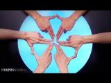 Завораживающий танец 30-ти пальцев