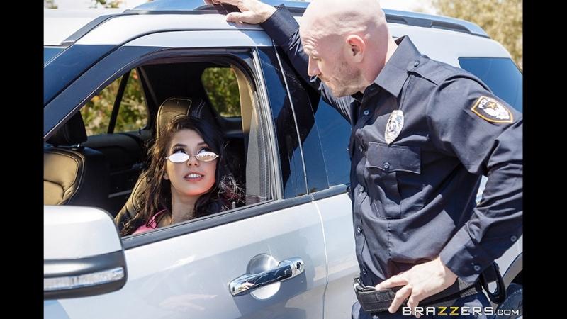 Cмотреть Порно Brazzers 2018 Traffic Violation Gina Valentina Johnny Sins TLIBTeens Like It Big June 22 2018