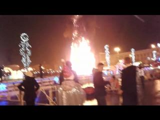 Южно -Сахалинск , 2018 год сгорела ёлка