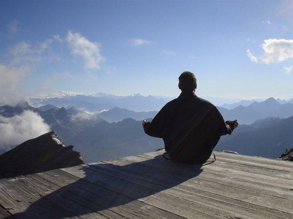 Счастливая жизнь начинается со спокойствия ума.Цицерон