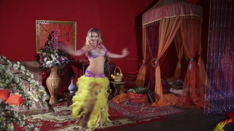 Илая. Танец живота. Fan veil dance 1