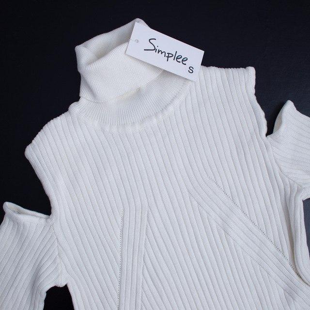 Длинное белоснежное платье-свитер