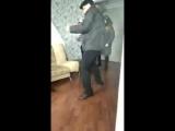 Хозяева прогоняют арендаторов после жалоб соседей на громкую музыку 8 марта  (Владивосток)