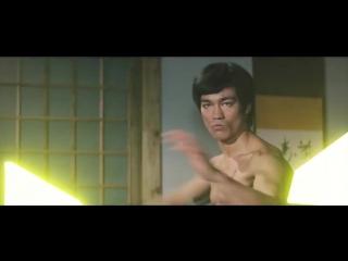 Брюс Ли. Драка на световых мечах.
