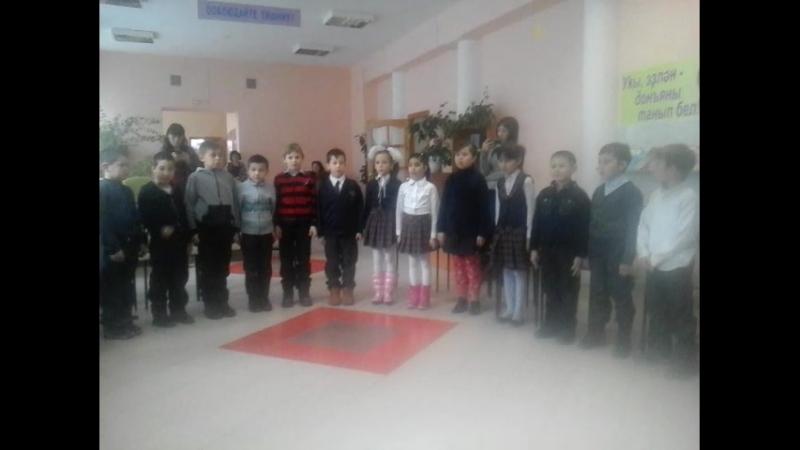 ПЕСНЯ МАМА ,.2В КЛАСС ШКОЛА №7,Г. СИБАЙ 2017 ГОД