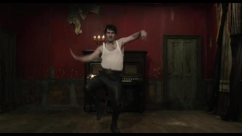 Реальные упыри. Танец вампира.-1