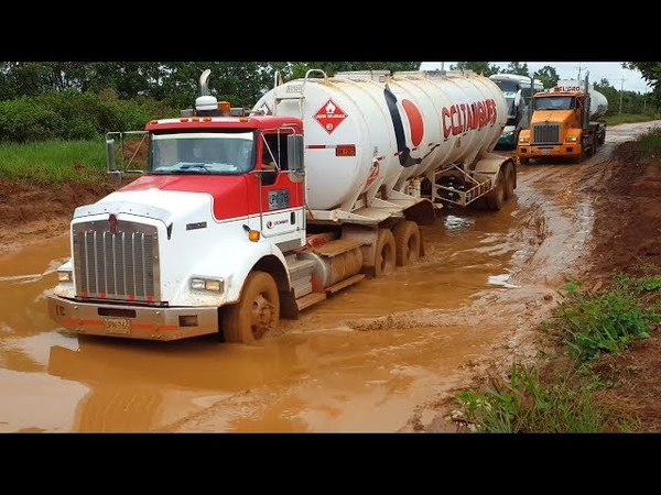 Best Driving Tanker Trucks On Extreme Mud Off Road (HD 1080)